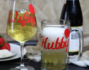 Hubby & Wifey Glasses | Beer Mug | Custom Wine Glass | Bride Wine Glass | Groomsmen Beer Mug | Groom Gift | Engagement gifts | His and Hers