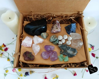 Altar Set of Crystals | Crystal Gift Set | Large Crystal Altar Set | Crystal Box | Crystal Set