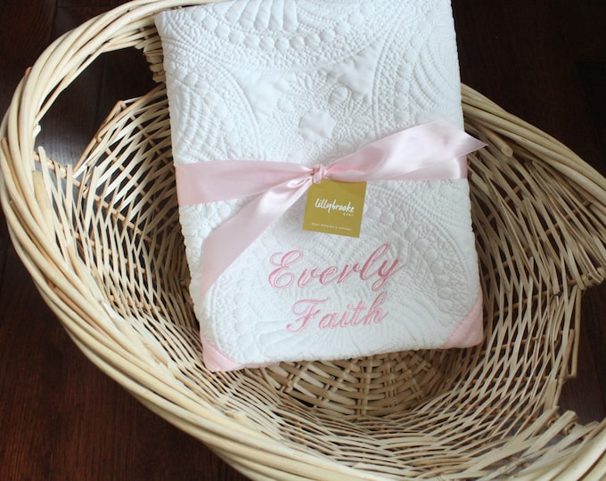 Featured listing image: Personalized Baby Quilt