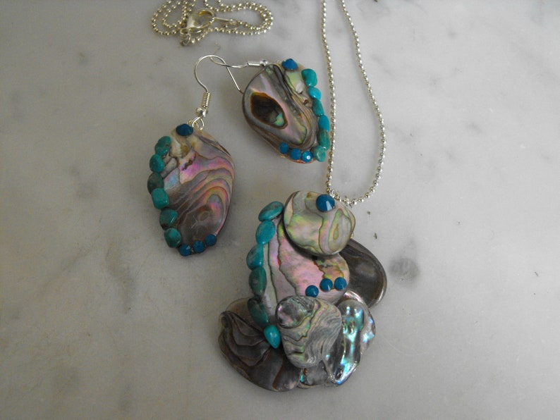 Handcrafted Abalone Shell Jewelry Set With Authentic Turquoise And Aqua Crystal Rhinestones