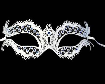 Fancy Eyes Masquerade Mardi Gras Metal Filigree Mask in Black or White