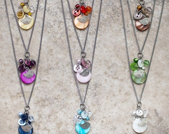 CUSTOM - Long 2 in 1 necklace with colors of your choice, cluster pendant - bird charm, mother of pearl coin, glass beads stainless steel