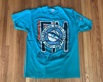 Vintage 90s Florida Marlins Trench Classic T Shirt. Size XL