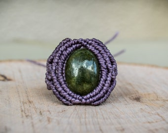 Macrame Ring with Jade Gemstone, Healing Stones, Macrame Ring, Gipsy Jewelry, Erotic Jewelry, Hippie Chic, Elegant Rings, Gipsy Rings