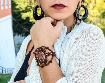AGATE Macrame bracelet Healing Stones Birthstone Jewelry Hippie Chic Bohemian Jewelry Gipsy Gemstone Burning Man Elegant Boho jewelry