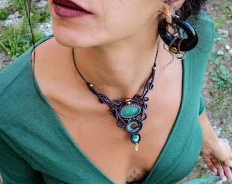 ELEGANT Macrame Necklace with Chrysoprase,Abalone & Turquoise, Healing Stones, Bridal Jewelry, Gipsy, Bohemian, Hippie Chic, Healing Crystal