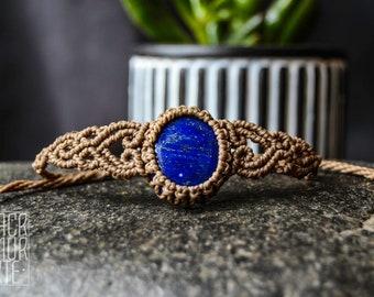 TINY macrame bracelet with deep Blue Lapis Lazuli, Original design, Healing crystals, Bohemian jewelry, Boho jewels, Festival jewelry