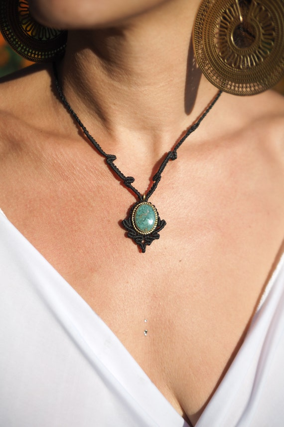 handmade necklace,macrame jewellery,stone necklace,gift for her,adjustable necklace,healing jewellery Labradorite macrame bohemian necklace