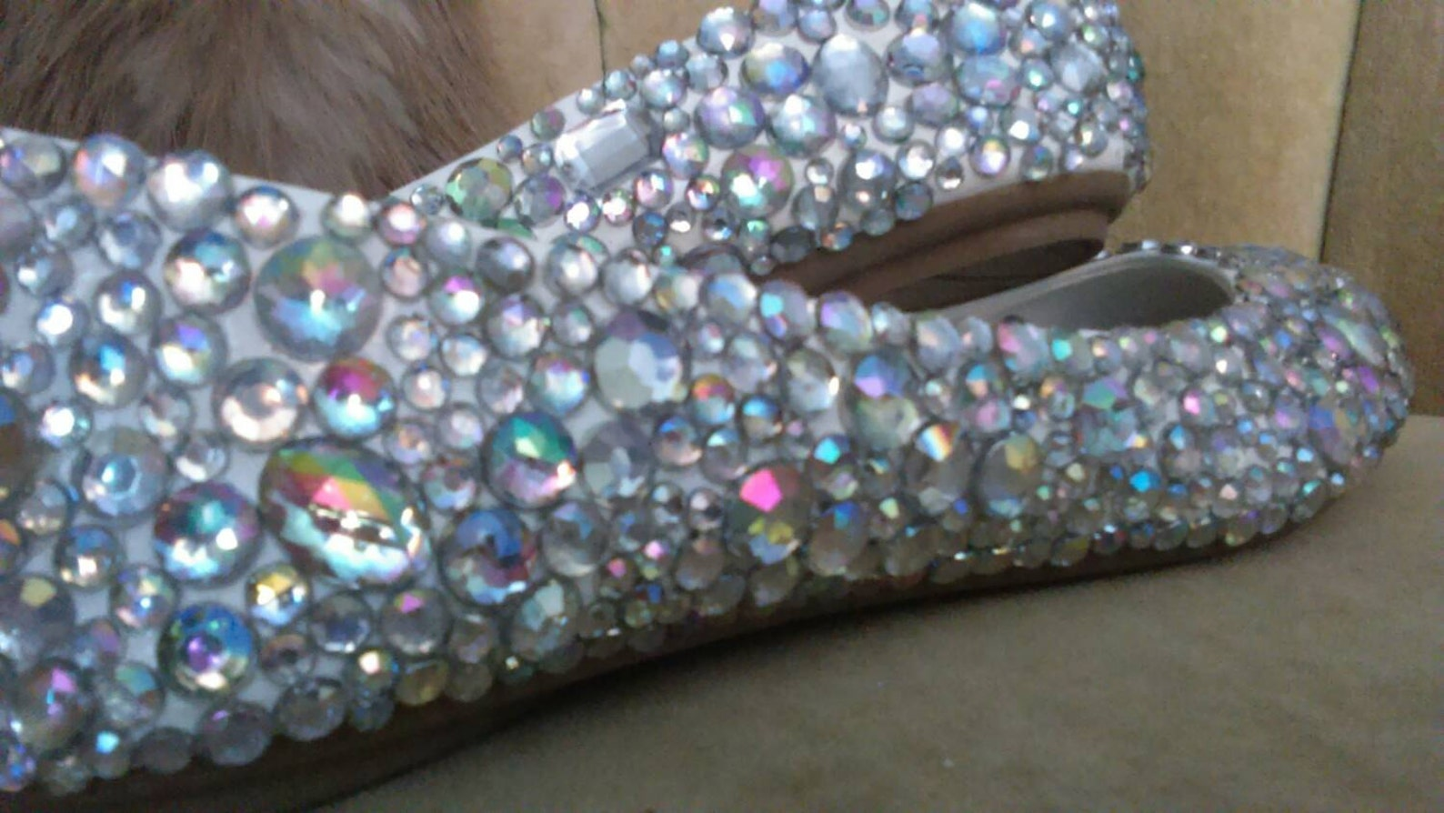 custom made to order, crystal ballet flats. wedding flats brides maids flats. custom made to order ballet flats.