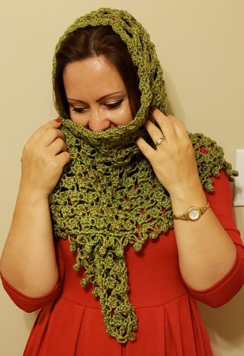 Olive Green Turban Hat and Lacy ShawlBaktus