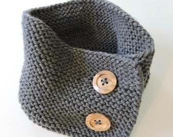 Garter Stitch Button Up Neck Warmer Pattern, Neck Warmer Pattern, Knitted Cowl Pattern, Easy Knit Cowl Pattern, PDF Instant Download