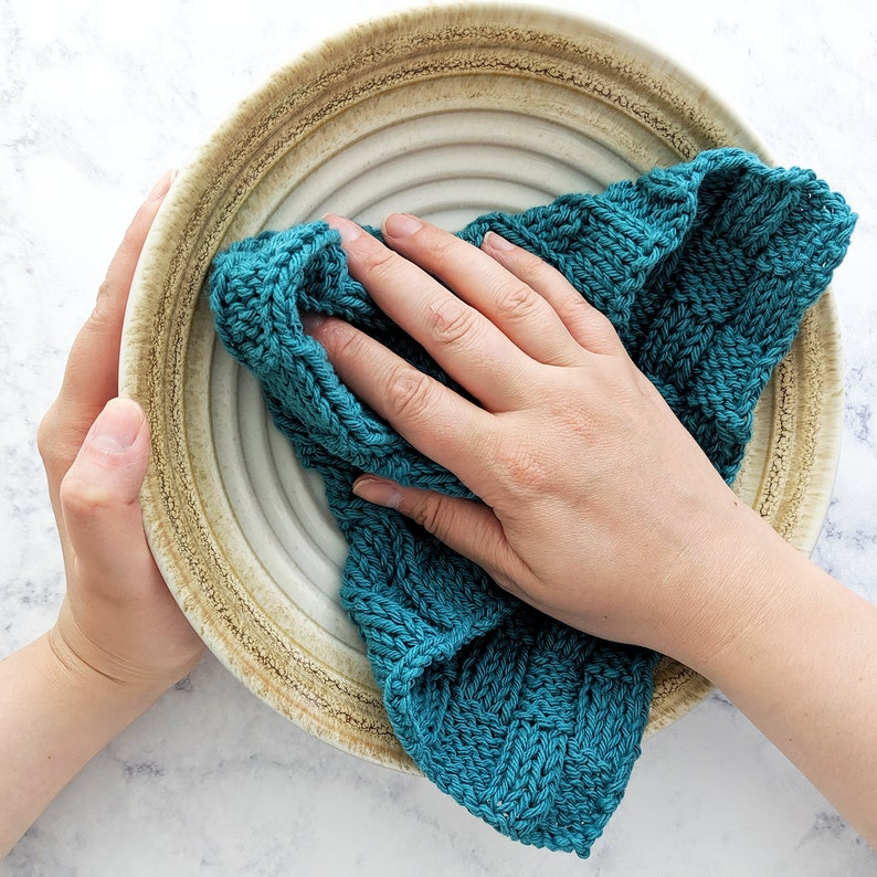 KNITTING PATTERN Knitted Dishcloth Pattern Checkered Waves image 0