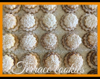 """2x34 pcs. German Terassen cookies, 2 big boxes with authentic German Terassen cookies, """"Terassenplätzchen"""" filled with jam"""