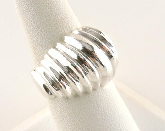 Size 7.5 Sterling Silver Textured Dome Ring (16.6 grams)