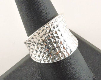 Size 8.5 Sterling Silver Textured Curved Tapered Wide Band Ring