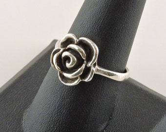 Size 9 Sterling Silver Rose Ring