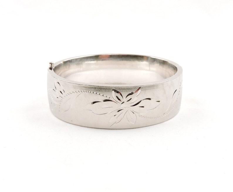 Sterling Silver Brushed Craftmere Hinged Floral Engraved Oval Bangle Bracelet 7