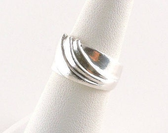 Size 6 Sterling Silver Textured Wide Band Ring