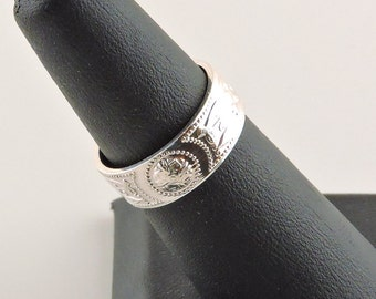 Size 5.5 Sterling Silver Textured Wide Band Ring