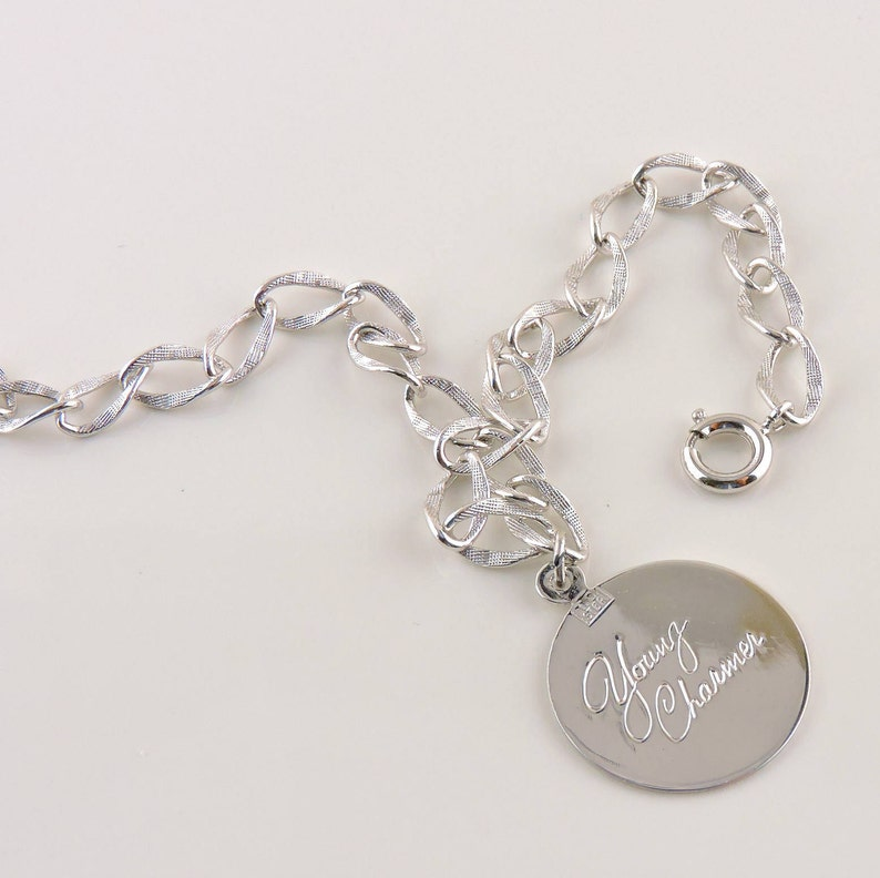 Sterling Silver Textured Graduation Charm Chain Bracelet 7