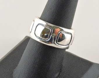 Size 8 Sterling Silver Chunky Engraved Wide Band Ring (12.5 grams)