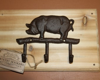 Country Antique Style Wooden Hallway Rustic Pigs Head Brown Coat Hat Hook