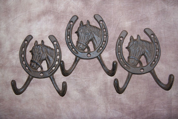 SHELF BRACKET WALL HOOK,BROWN 5 VINTAGE-LOOK HORSE HORSESHOE CAST IRON DECOR