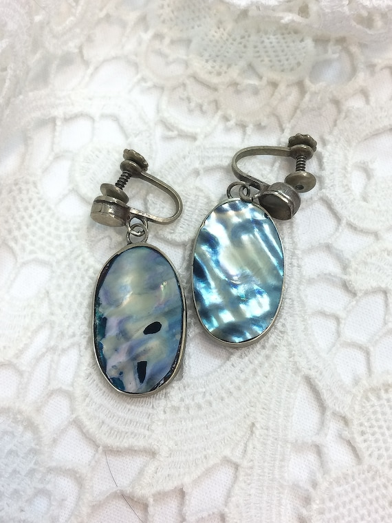 Sterling Silver Abalone Dangle Earrings, Shiny Blue and White Oval Dangles, Screw Back, 1940s 1950s, Vintage Boho Beach Nature Jewelry