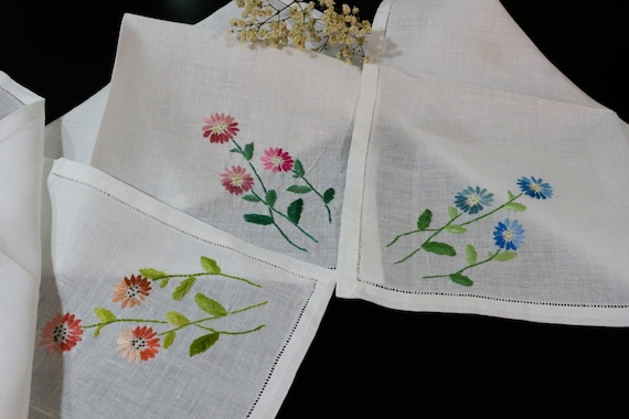 Six Floral Embroidered Napkins, Hemstitched White Linen, Hand Embroidered, Blue Pink Yellow Purple Rust Asters Flowers, Vintage Table Linens