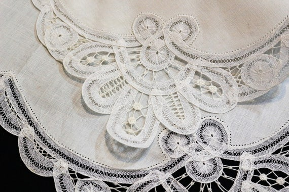 Large Belgian Lace Doily, Square Tray Cloth, Hand Made Lace Ivory White Linen, Shabby Chic Cottage, Vintage Weddings Estate Linens