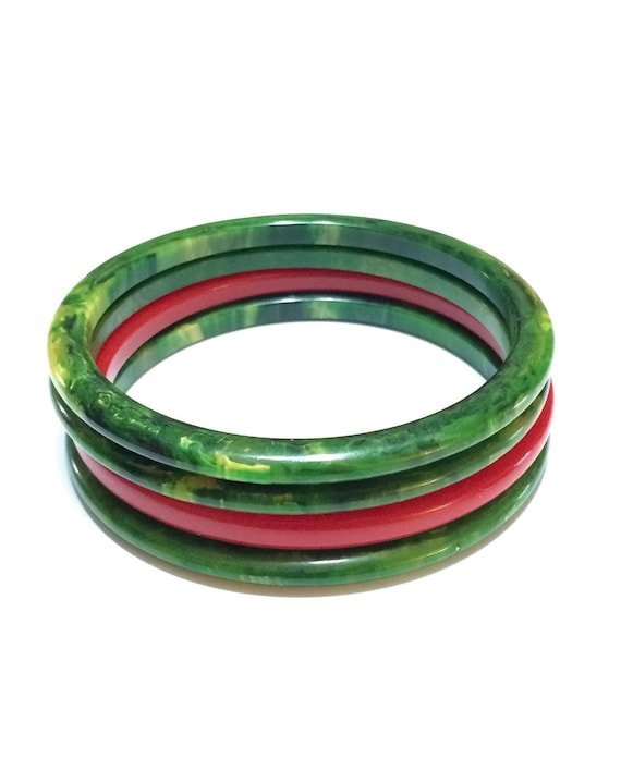 Thin Bakelite Bangles, Set of Four 4, Spinach Green & Cherry Red, Bold Colors Stacking Bracelets, 1940s Retro Vintage Fashion Jewelry