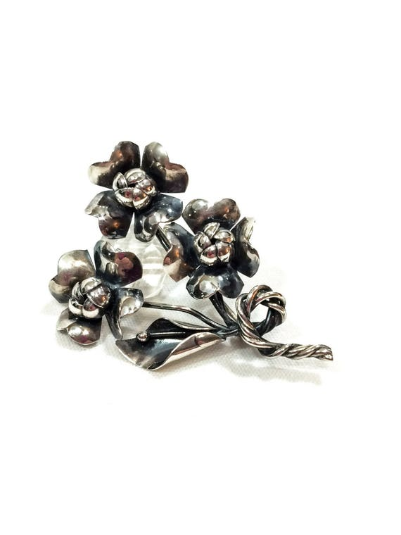 Sterling Silver Dogwood Brooch, Realistic Bouquet Calla Lily Flower Pin, Retro Artisan Woodland Nature Jewelry, 1940s Vintage Jewelry
