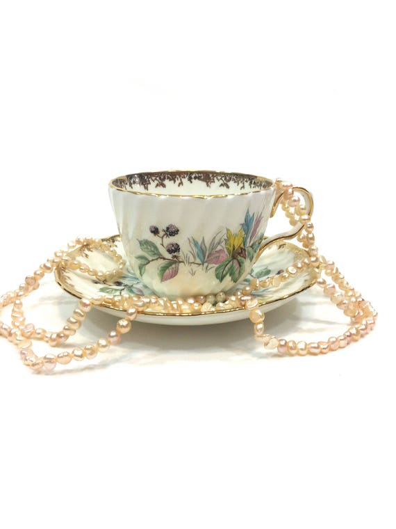 Summer Flowers English Tea Cup & Saucer, Aynsley Bone China, Blackberries, Ribbed Teacup, Floral Gilding, Shabby Chic Decor, 1950s Vintage