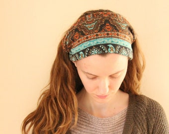 Stretchy abstract print headcovering