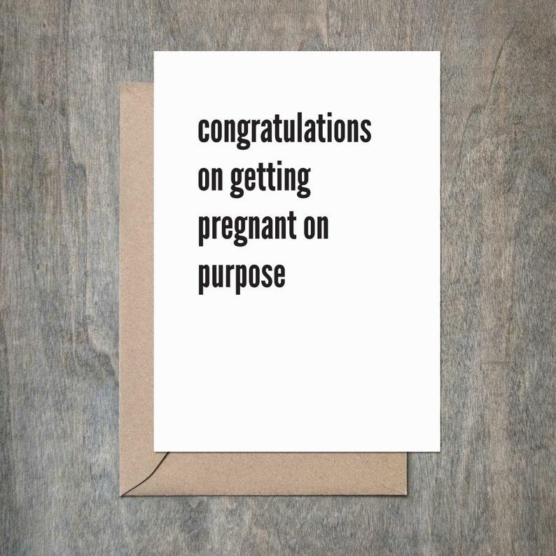 zwanger op doel. funny baby douche card. gefeliciteerd baby kaart. nieuwe  kaart van de baby. grappige zwangerschap card. snarky kaart.
