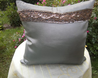 Pillow, green Taftpillow, Pillow with Border, Pillow with Jewelry, Decoration, 16x16 inch, living room