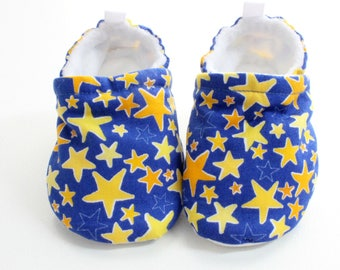 stars baby shoes, Soft Sole Baby Shoes, Fabric Baby Booties boys or girls,  stars