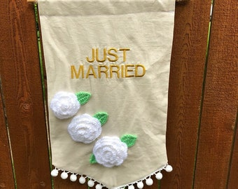 Just married sign/wedding sign/wedding fabric banner/ wedding photo prop/wedding decor/ fabric banner/ready to ship/free shipping