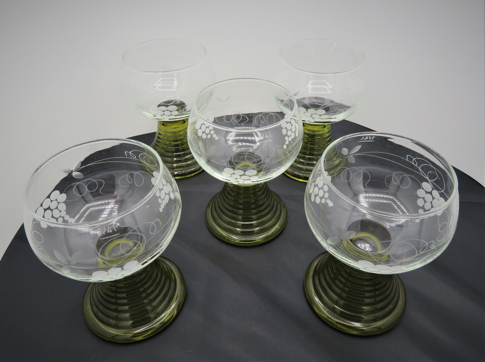 Set of 5 Large Vintage ROEMER Wine Glasses Green Beehive Stem Etched Grapes 5