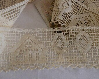 Vintage french bobbin lace du Puy, 100% cotton