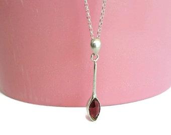 Silver drop pendant, wheat necklace, Garnet leaf necklace silver, Minimalist silver pendant, Line necklace, Garnet bar necklace, Garnet
