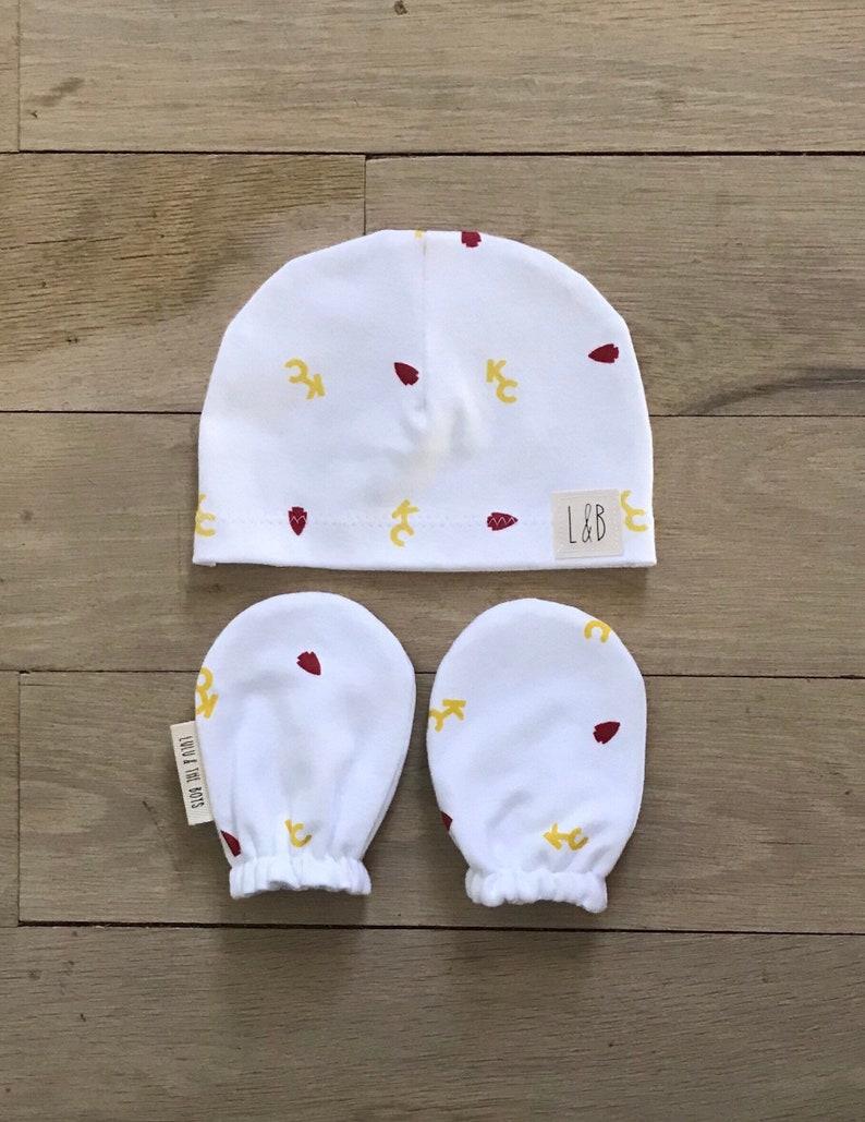 970dddd2 kansas city chiefs beanie and mittens set//kc chiefs beanie and mitten  set//kc chiefs baby gift set//chiefs organic cotton baby gift set