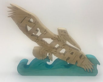 Pelican in flight, wooden scroll saw puzzle