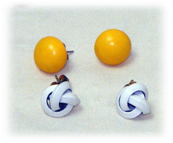2 PAIRS STUDS Earrings (price for both)