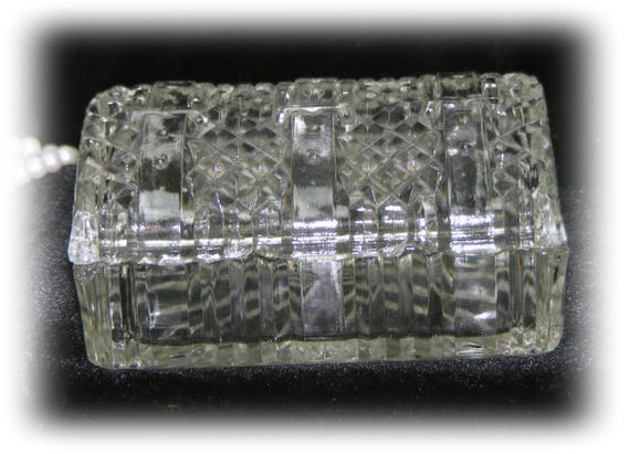 Beautiful Vintage CRYSTAL NUT DISH