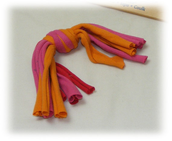 WHISKER KNOTS . . For Dogs or Cats . . . CT111 orange