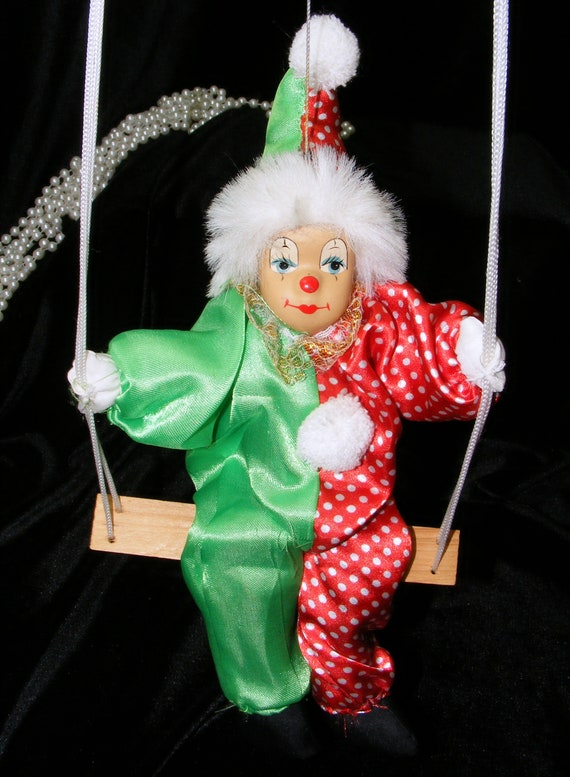 Adorable SWINGING CLOWN