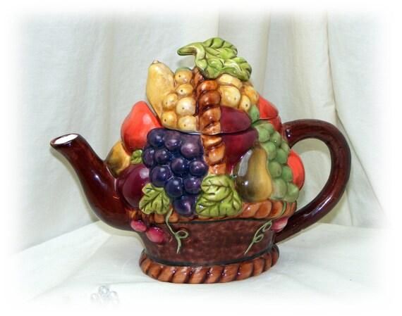STYLE-EYEZ TEAPOT . . . Fruit Motif