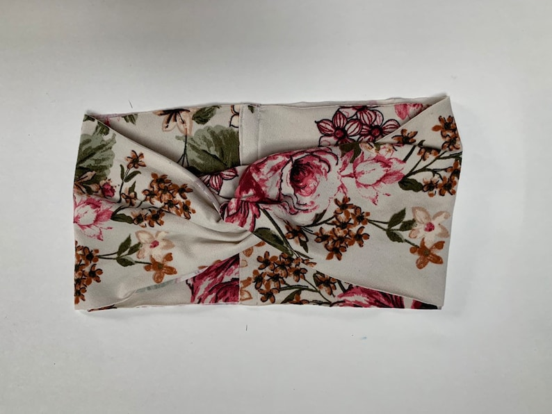 Dusty Floral Turban image 0