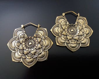Brass Earrings, Mandala Earring, Mandala Flower Earrings, Brass Tribal Earrings, Tribal Earrings , Earrings, belly dance earrings
